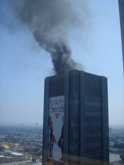Sunset Tower Fire @ 4:01:14 pm